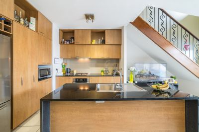 Family Sized Turn Key' Townhouse  Priced to sell $469,000