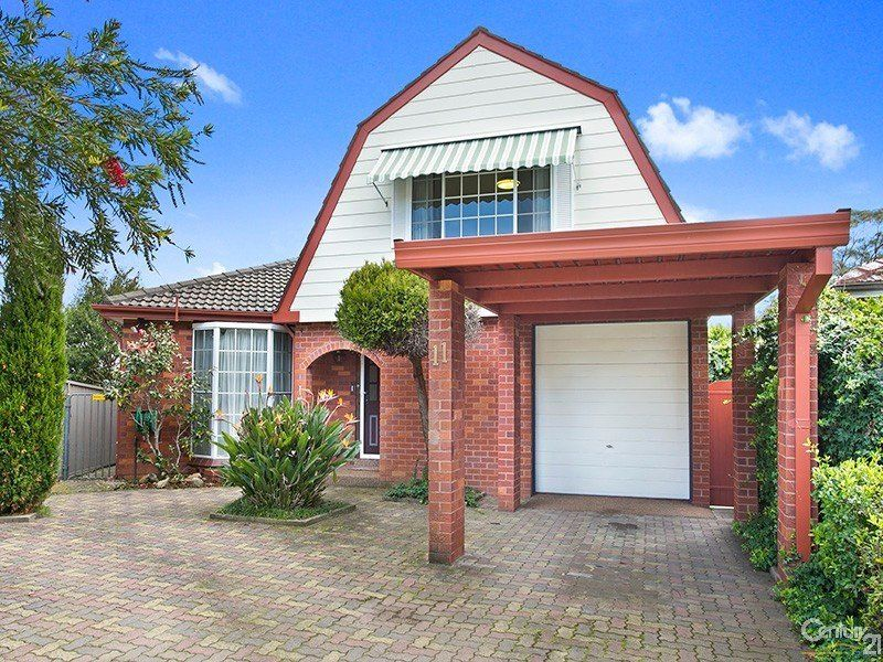 11 Jiri Place, Engadine NSW 2233
