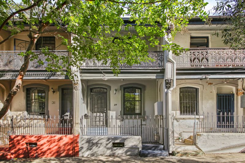Pet Friendly -Comfort And Convenience In Classic Newtown Terrace