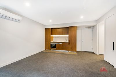 Beautiful 1 Bedroom Apartment Available now!