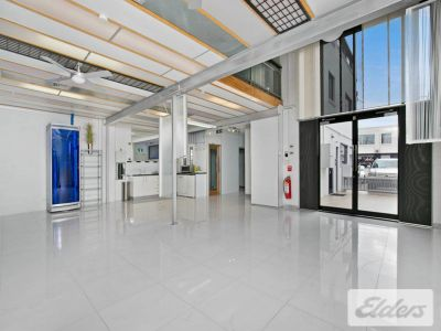FLEXIBLE TENANCY ONLY SECONDS FROM GASWORKS!