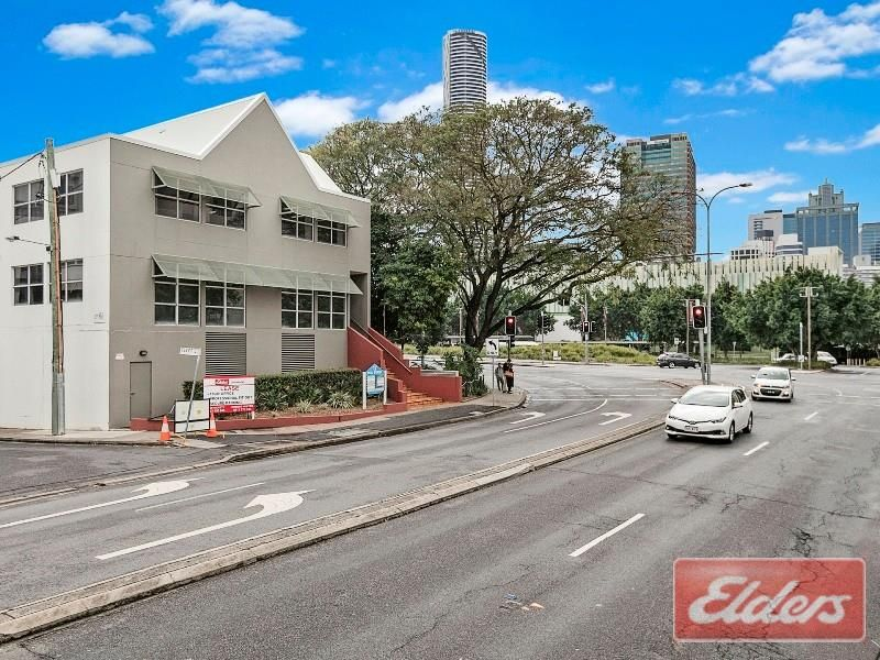 8/17 Peel Street, South Brisbane
