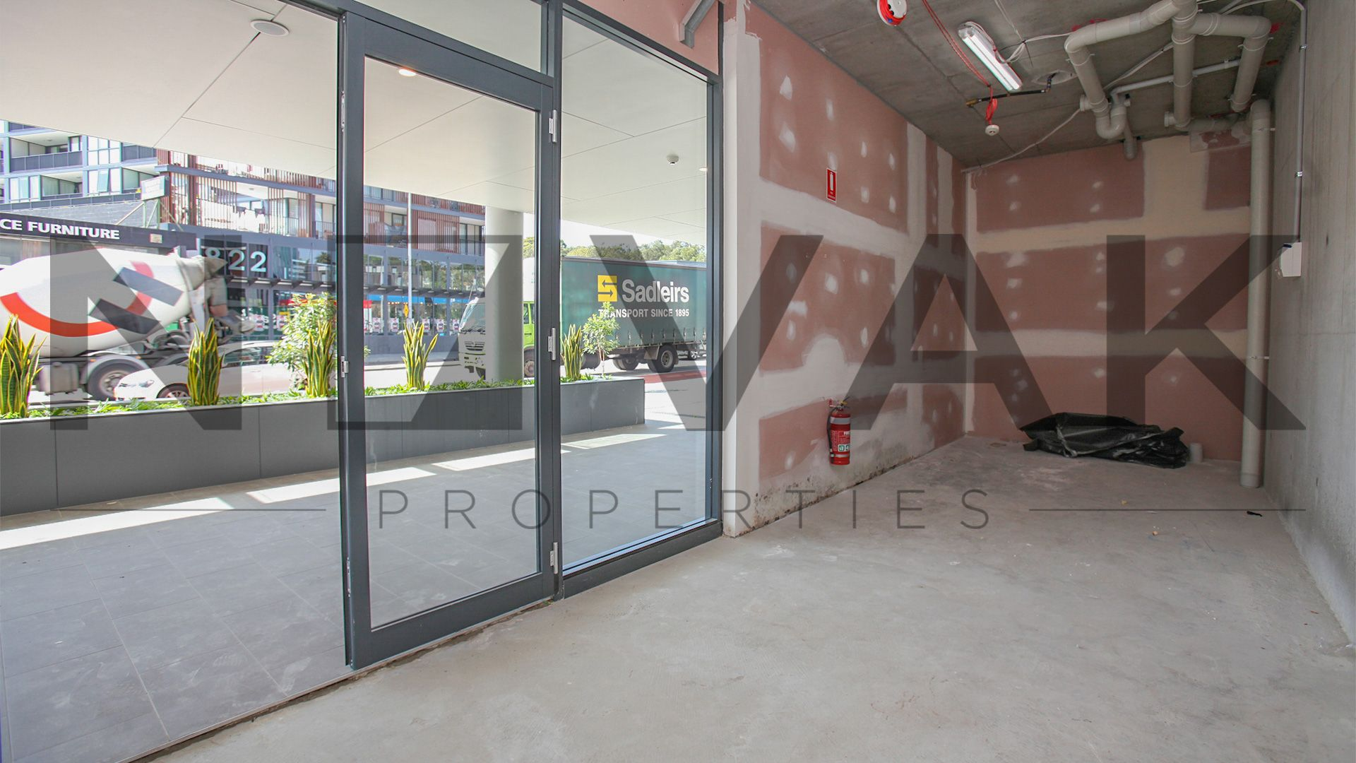 PREMIER RETAIL SPACE IN THE HEART OF DEE WHY