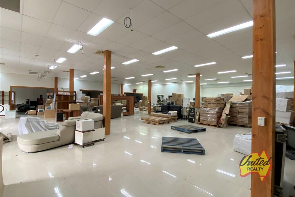 Floor 1, Unit 4/175 Hume Highway Cabramatta 2166