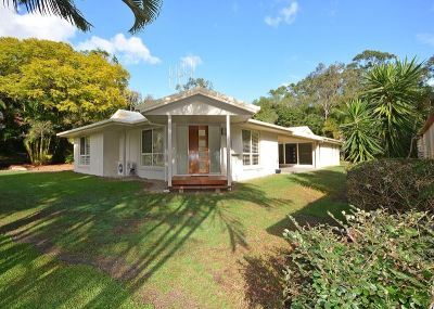Fully Renovated Home in a Prime Position at Dundowran Beach.