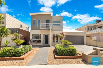 Superbly Stylish In Cypress Views!