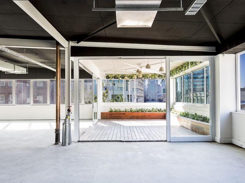 Amazing Office Suite In Prime Location !