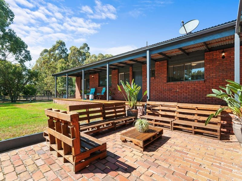 For Sale By Owner: 23 Carter Street, Stratford, VIC 3862