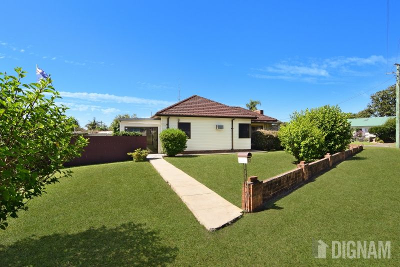 12 Neville Avenue, Russell Vale NSW