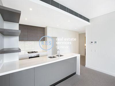 Spacious 2-Bedroom Apartment + Study Nook in Zetland