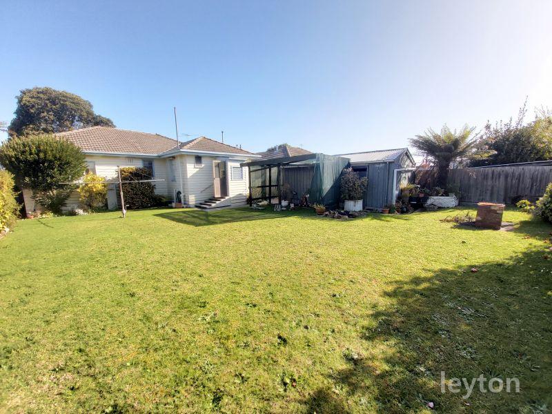 877 Heatherton Road, Springvale