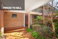 Candlewood Unit - Enjoy elevated, tree-lined bushland views with easy level access