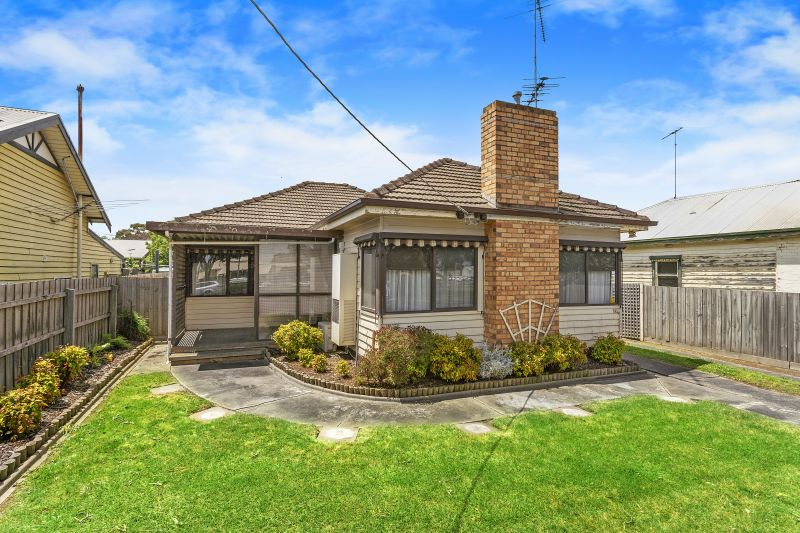 121 Carr Street East Geelong