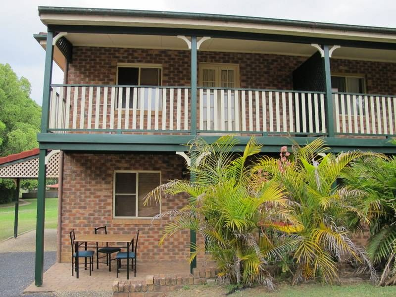 Two Bedroom Town-house Backing onto Reserve