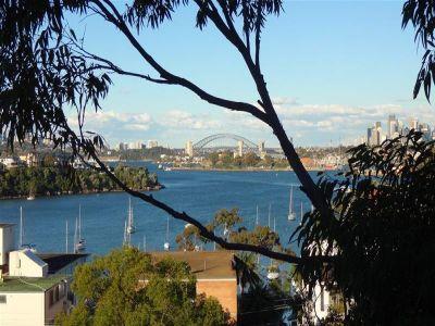 ENJOY WATER & CITY SKYLINE VIEWS