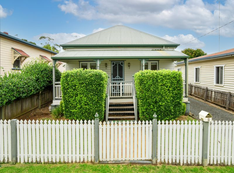 Cute Cottage -Sought After Location