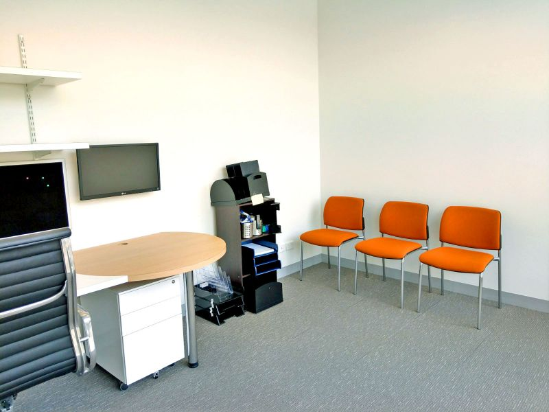 Immaculate Ground Floor Medical Suite