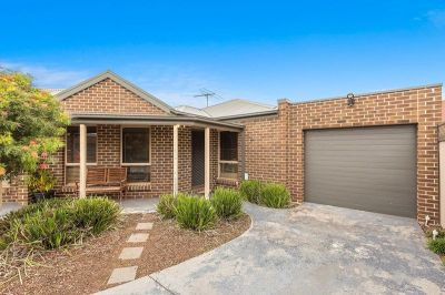 Spacious Rear Unit Immaculately Presented!