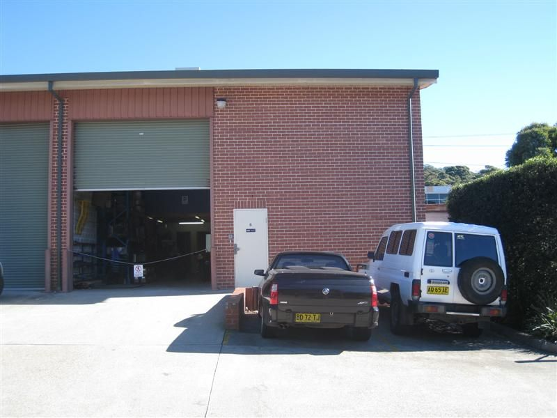 EXCEPTIONAL COMMERCIAL / INDUSTRIAL UNIT - INVEST OR OWNER OCCUPY