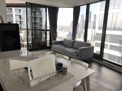 Stylish and Spacious Apartment with Furniture & White Goods