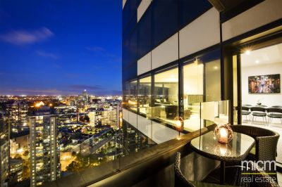 Huge 2 Bed Plus Study Eureka Apartment with Amazing 270 Degree Views!