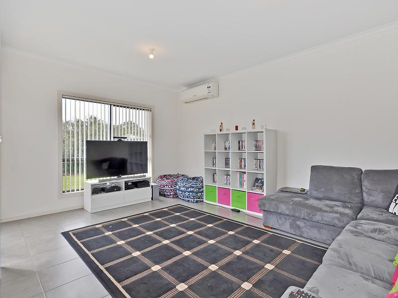 WILLASTON - Modern Villa in a Convenient Location