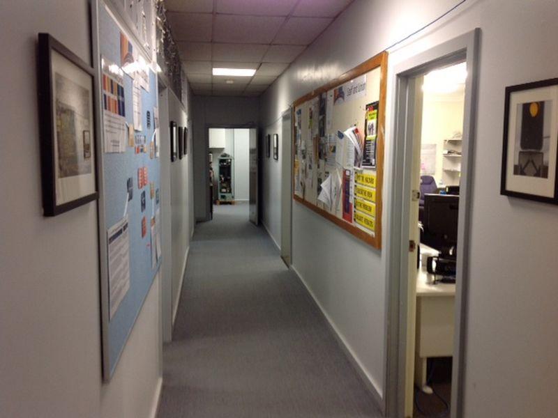 VERSATILE OFFICE & WORKSHOP MIX