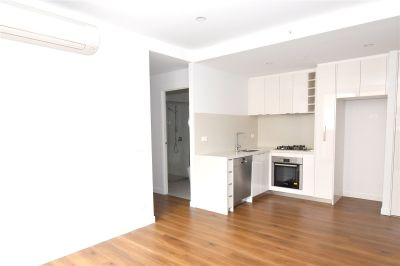 Stunning Two Bedroom Apartment In Charming Chadstone!