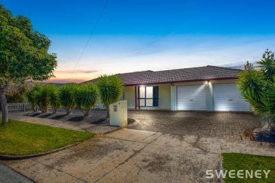 Exquisite Family Home in Altona Green