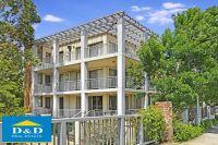 Massive 1 Bedroom Apartment. Huge Sunny Balcony. Quiet, Tranquil Location. Walk to Merrylands Shopping. Close To Parramatta City.