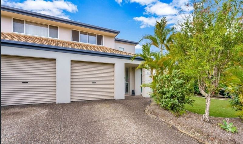 For Sale By Owner: 52/19 Harrow Place, Arundel, QLD 4214