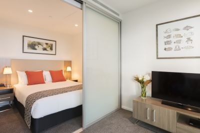 NEAR NEW One Bedroom Apartment in One Of Melbourne's Most Sought After Locations!