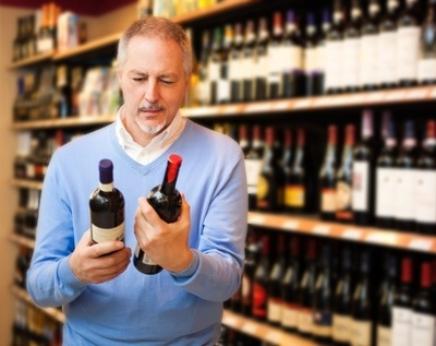 Lovely bottle shop with accommodation in North Melbourne – Ref: 11144