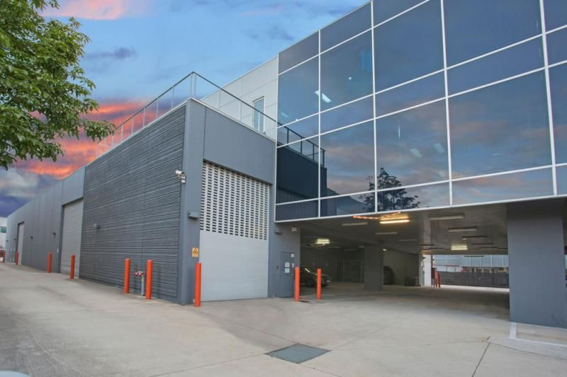 Melbourne's Best Office and Warehouse Facility.