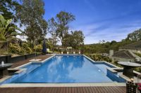 Luxury and flexibility on a Grand Scale (Templestowe Side of Warrandyte)