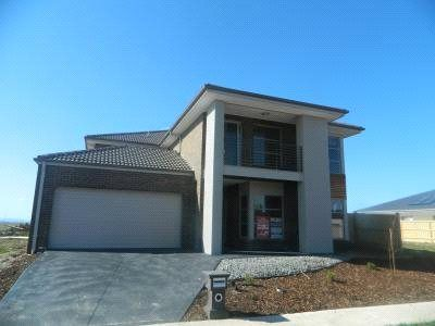 FIRST CLASS TENANT WANTED! Beautiful Double Storey Family Home!