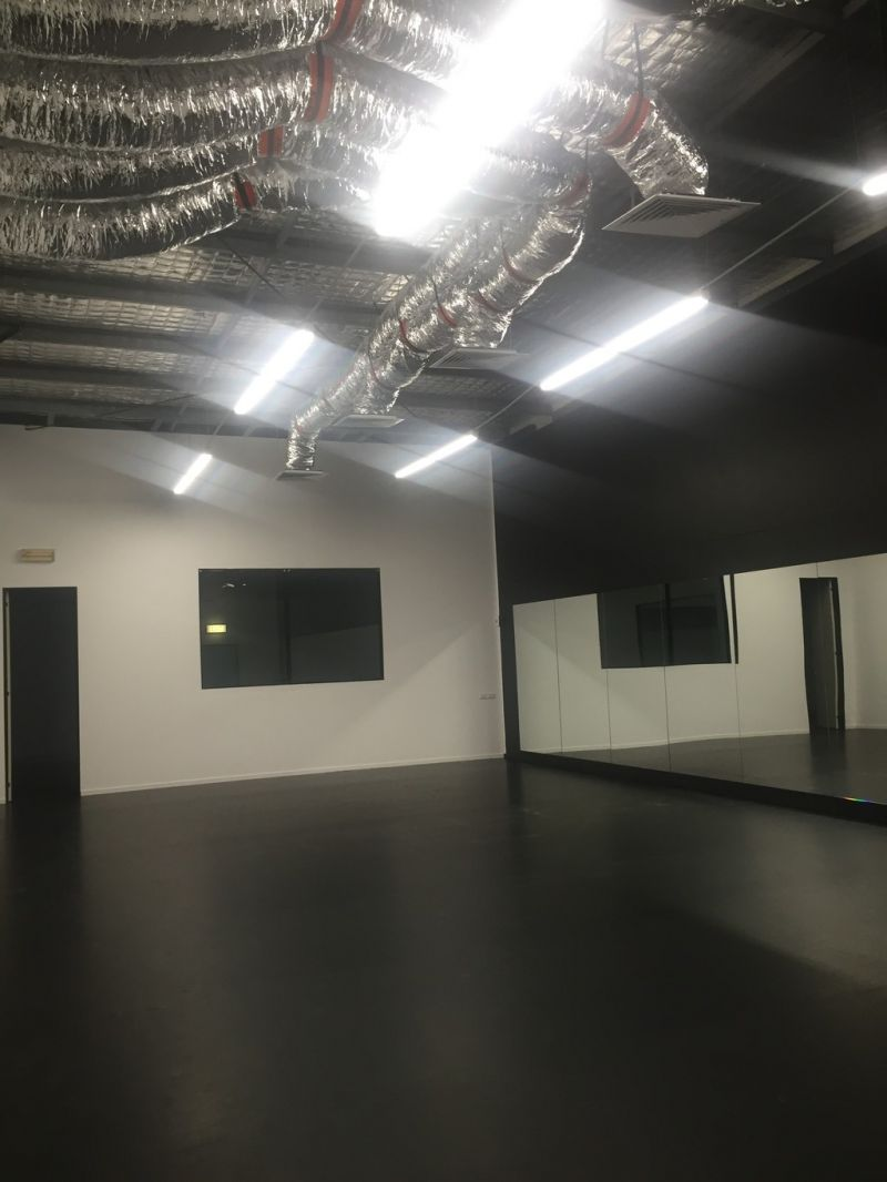 RETAIL/SHOWROOM/OFFICE FOR LEASE | MAROOCHYDORE CBD FRINGE