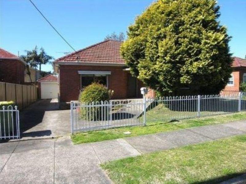 WOOLOOWARE, NSW 2230