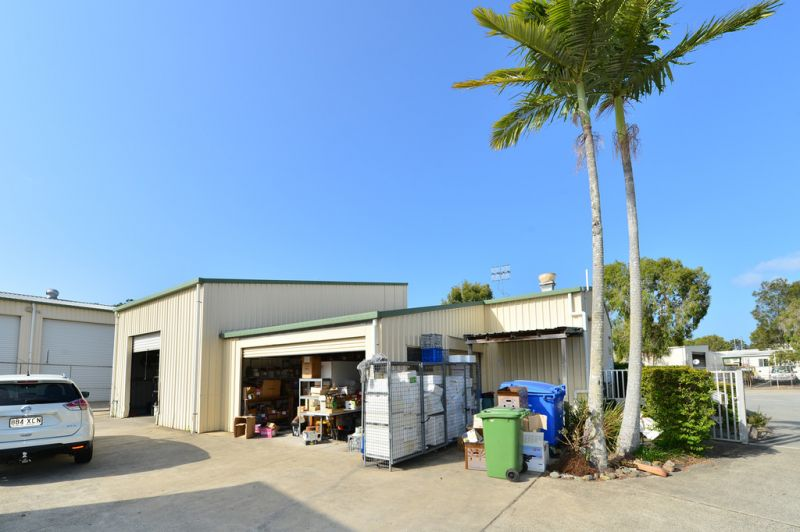 Industrial Unit With Kitchen And Storage