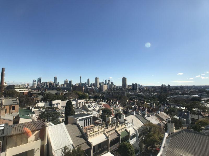 Paddington Studio with Spectacular Views