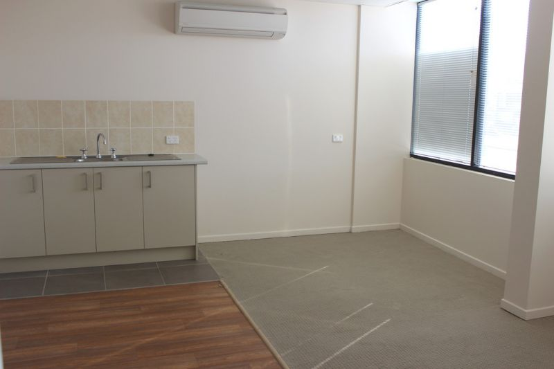 Office For Lease 71 sqm Bungalow