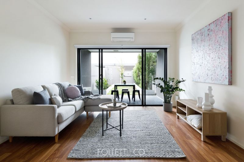 Townhouse Value with Streetfront Style