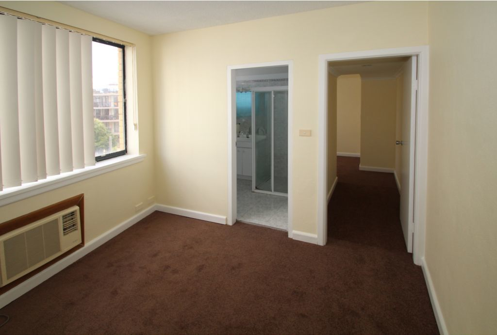 ONE BEDROOM + STUDY + PARKING!