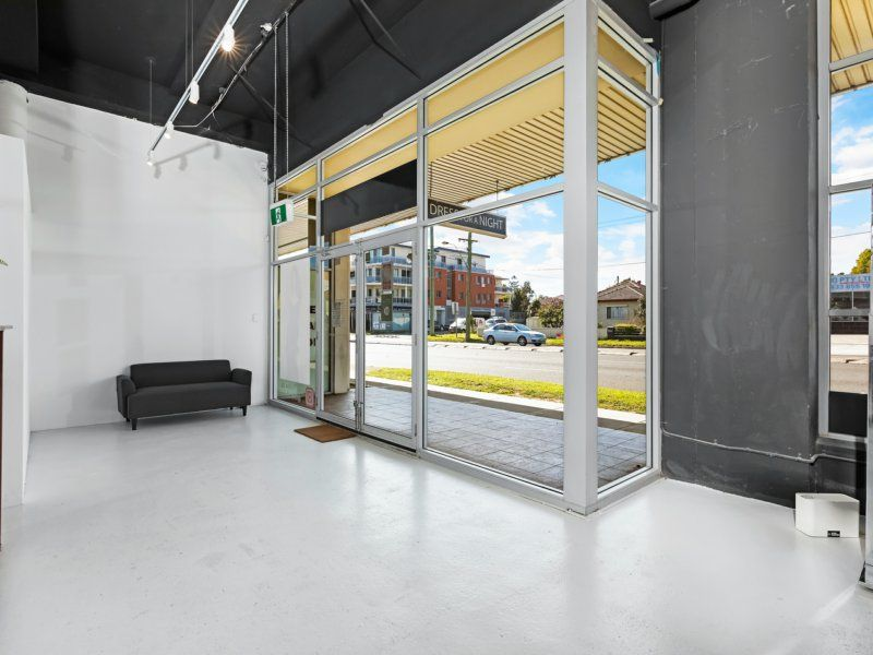 174 Sqm, Extensive Exposure Ground Floor Commercial Space, GUILDFORD