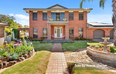 Lovingly maintained, sparkling pool, golf course views