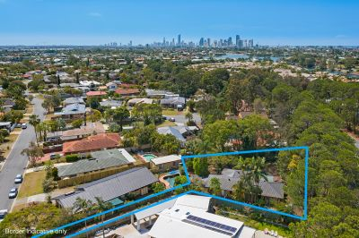 Huge 1280m2 block! Opportunity not to be missed!