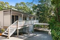 Modern Queenslander close to the beach