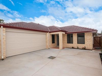 Near new family home next to lovely parklands!