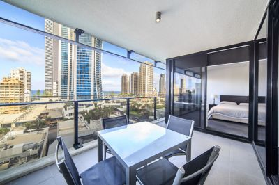 Ocean Facing 1+ Study Apartment Easily Converted Into 2 Bedroom