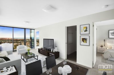 37th Floor Bay Views From This Sleek Mainpoint Marvel